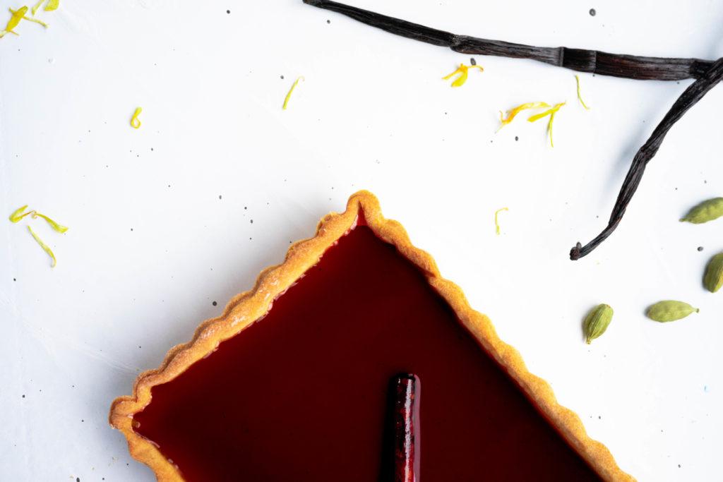Pannacotta Pie with portwine gelly