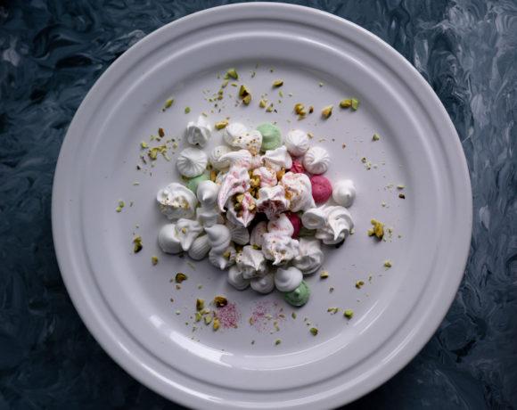 Mini meringues on a cake stand