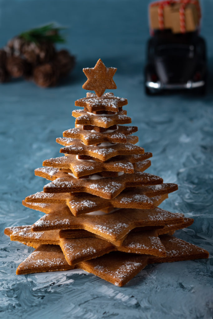 Gingerbread tree with a star