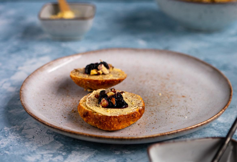 Scones with blueberry jam